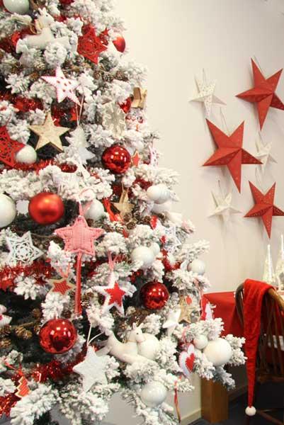 artificial christmas tree's